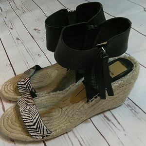 7122787fbae7 Dolce Vita Shoes - Dolce Vita   Espadrilles black leather zip. Sz 9.5